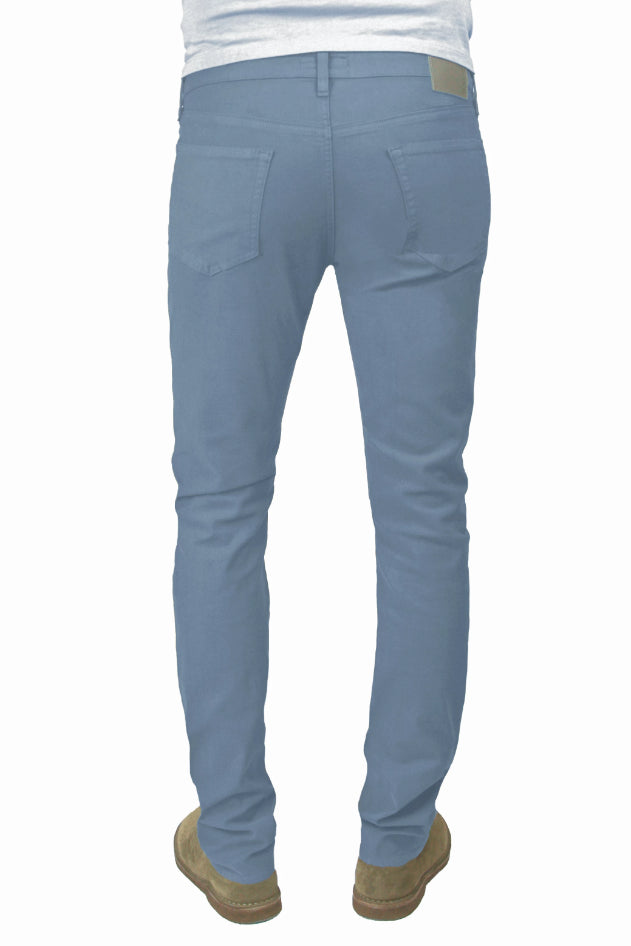 Back of S.M.N Studio's Hunter in Sky Men's Twill Pants. A slim fit comfort stretch twill pant made up in a light blue grey color.