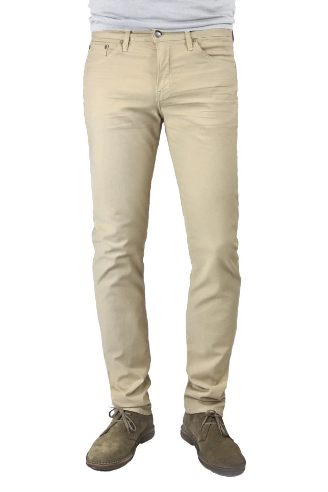 S.M.N Studio's Hunter in Khaki Men's Twill Pants. A slim fit pant made up in a comfortable stretch twill fabric in a khaki color.