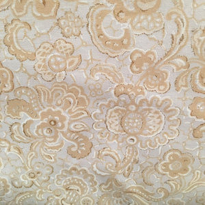 Delovely Damask