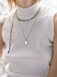 Gold Chain Necklace Photo 3