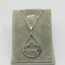 Load image into Gallery viewer, Geosmin Molecule Necklace - The Scent Of Rain