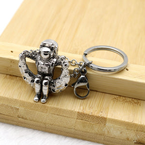 Astronaut On The Moon Keychain - Gifted Guppy