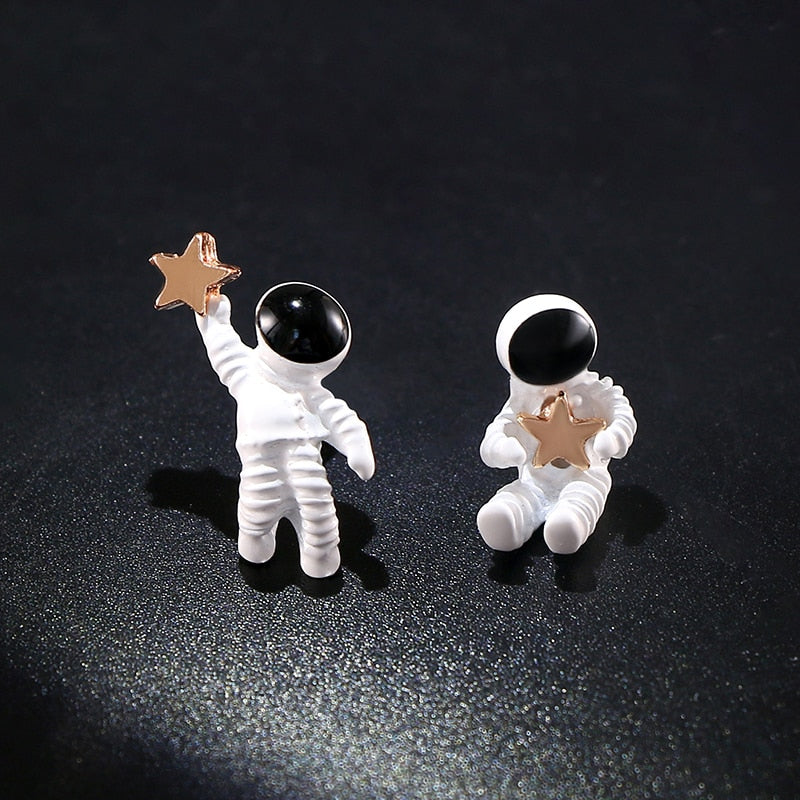 Reach For the Stars with these Astronaut and Star Stud earrings!