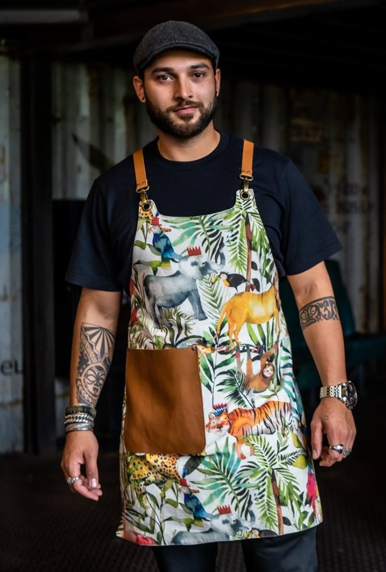 Apron in colorful tiger print