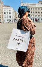 "Load image into Gallery viewer, Bag ""Ceci n'est pas Chanel"" The white One"