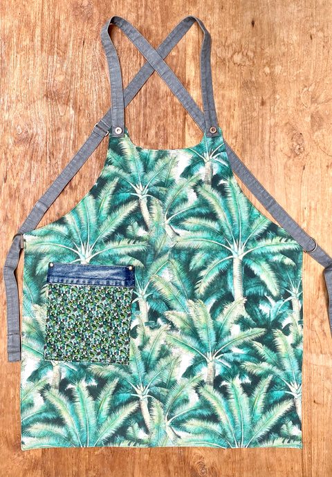 Vegan apron reversible (!)