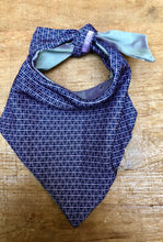 Load image into Gallery viewer, Choker recycled made of Hermes silk tie.