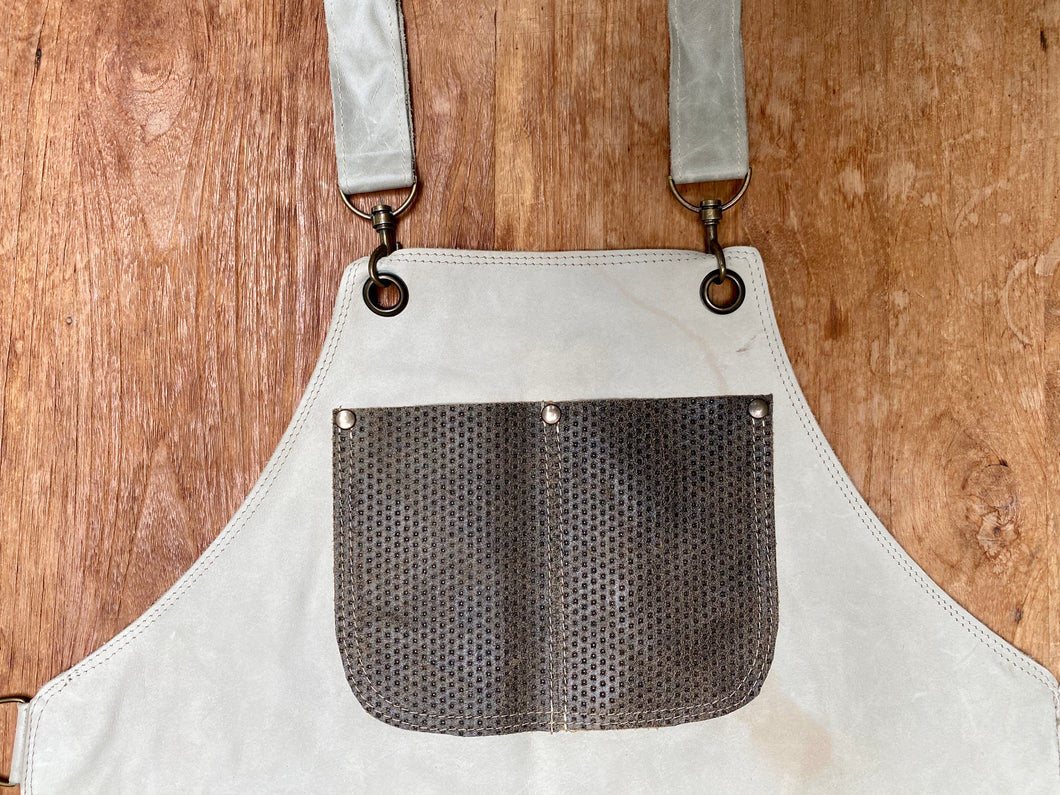 Leather apron in beige