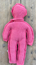 Load image into Gallery viewer, Pink Circulair friend made from a recycled pullover 100% cashmere