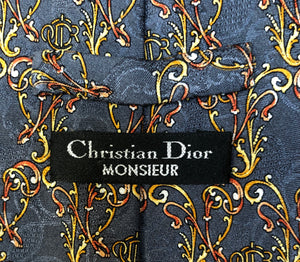 Choker recycled made of  Monsieur Dior silk tie.