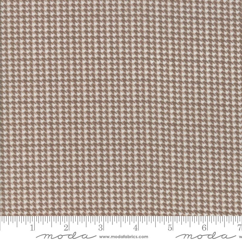 Farmhouse Flannels II - Toast Houndstooth