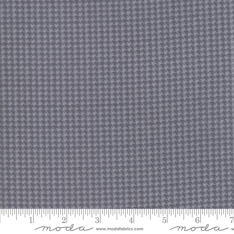Farmhouse Flannels II - Graphite Houndstooth