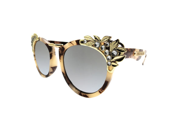 VEAL Sunglasses - A Rock on a Lens