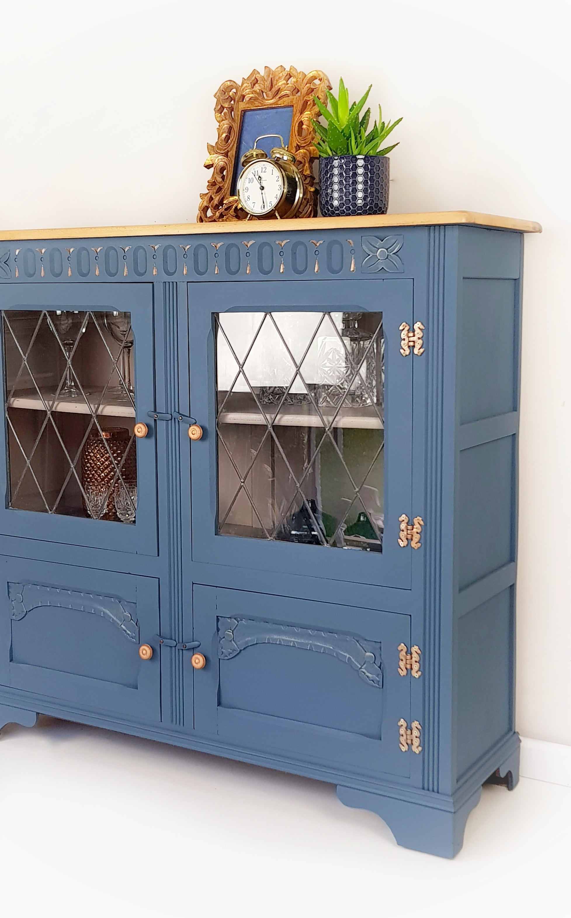Vintage display cabinet, Vintage drinks cabinet in blue - Caramel Treasures