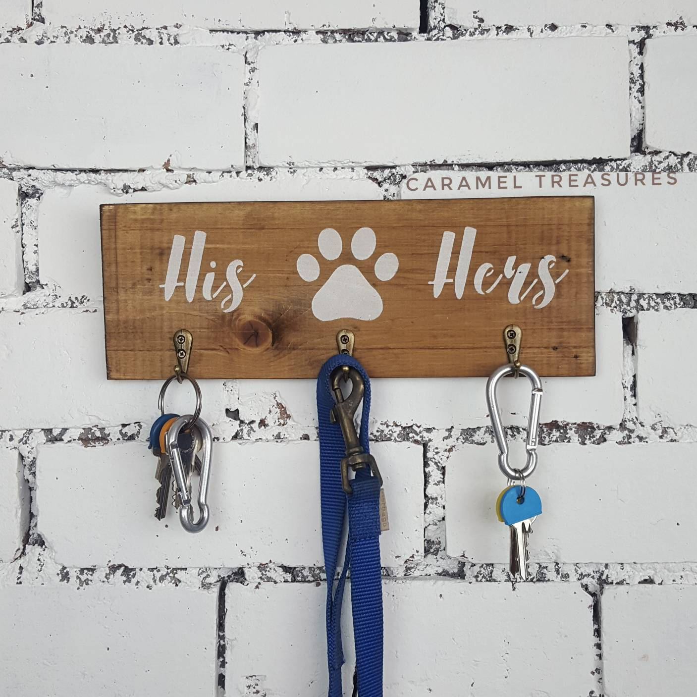 Rustic dog lead and key holder for wall - Caramel Treasures