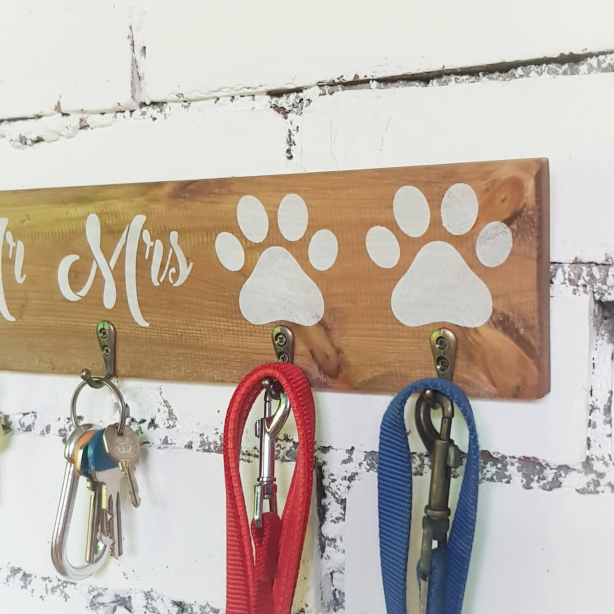 Mr and Mrs wooden key and leash holder - Caramel Treasures