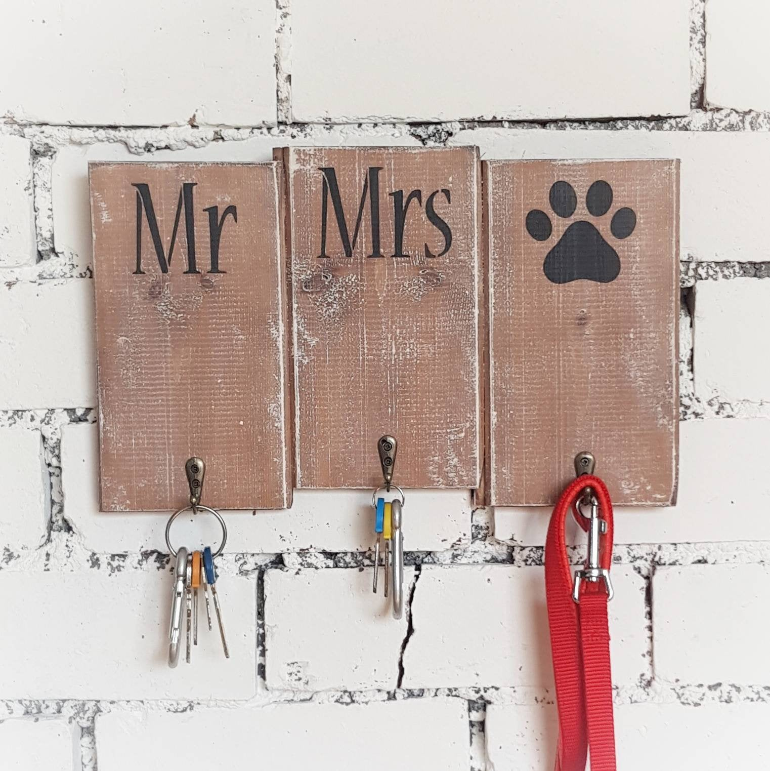 Mr Mrs wall key holder - Caramel Treasures