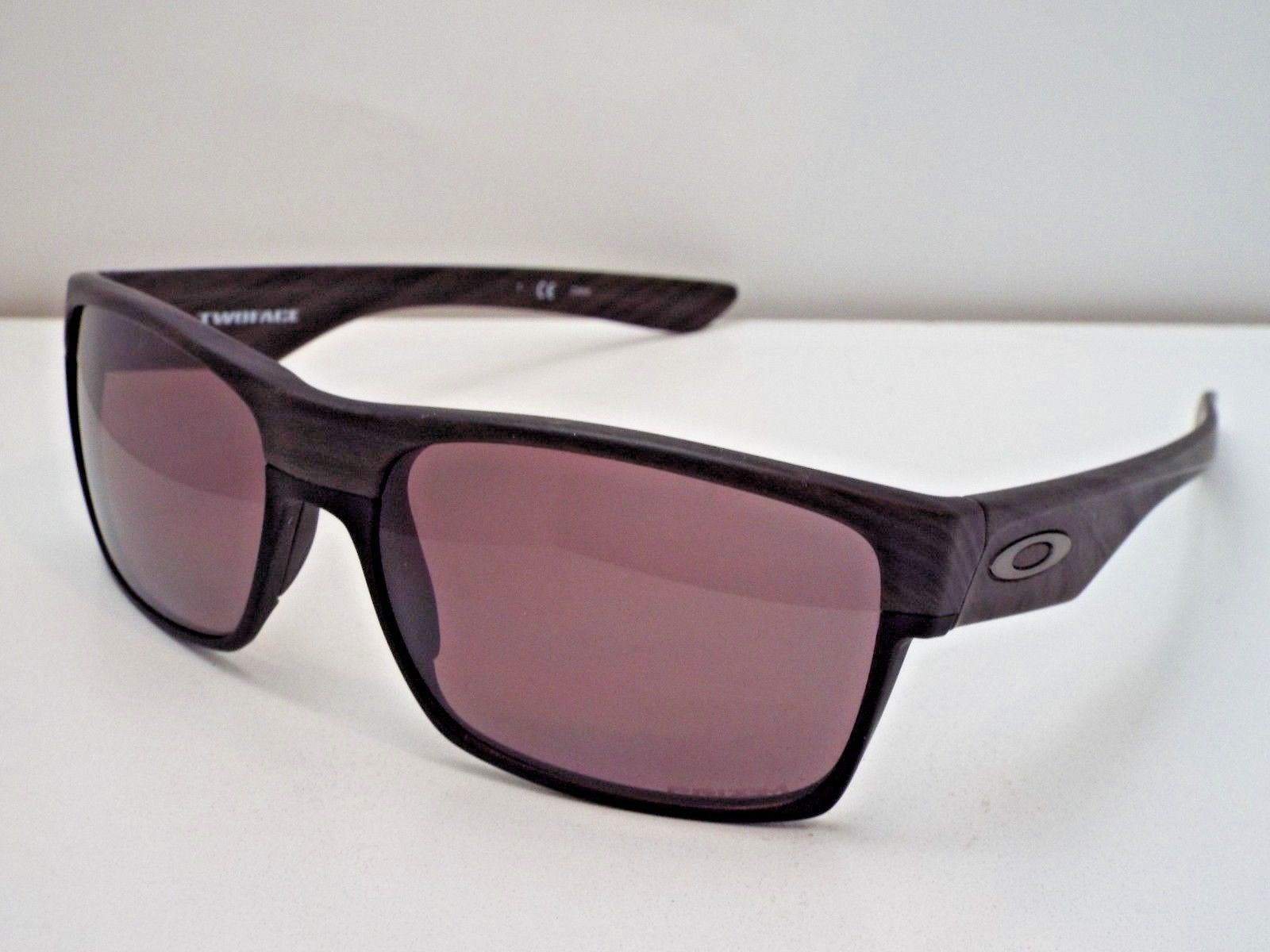 c758a91e83 Authentic Oakley OO9189-34 TwoFace Woodgrain Prizm Daily Polarzd ...