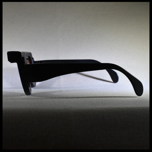 black fashion sunglass frame with visor