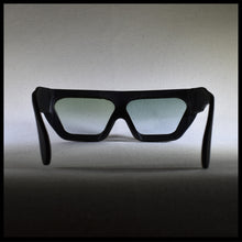 Load image into Gallery viewer, P17 sunglasses in black, rear view