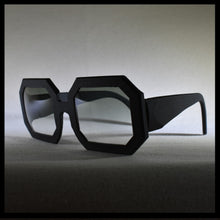 Load image into Gallery viewer, smoke rectangular sunglass frames,