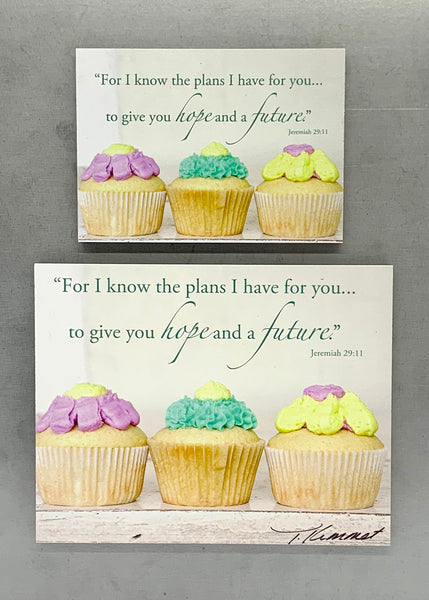 Cupcakes- Magnet and Deluxe Magnet