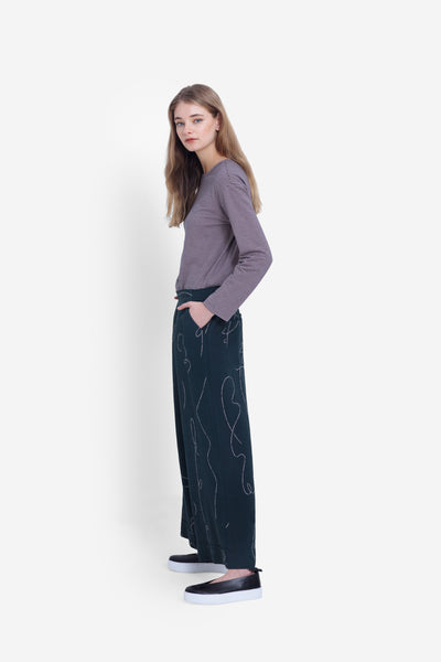 Madlen Wide Leg Pant Model Side Seaweed/Blush