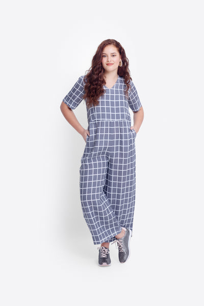 Hopen French Linen Wide Leg Jumpsuit Model Curve Front | Grey / White