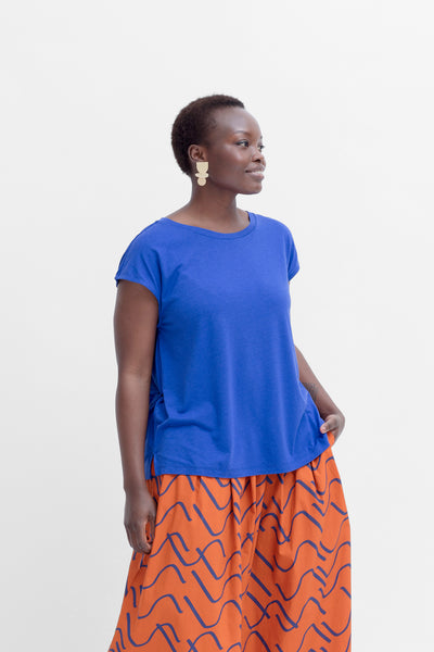 Oue Lightweight A-Line Tee Model Front | Iris Blue