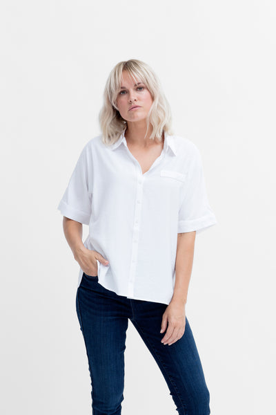 Aissa Boxy Shirt Model Front WHITE