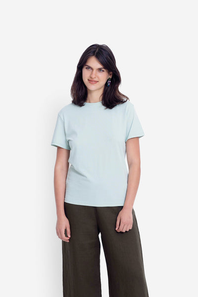 Henning Organic Cotton Tee Model Front | MINT