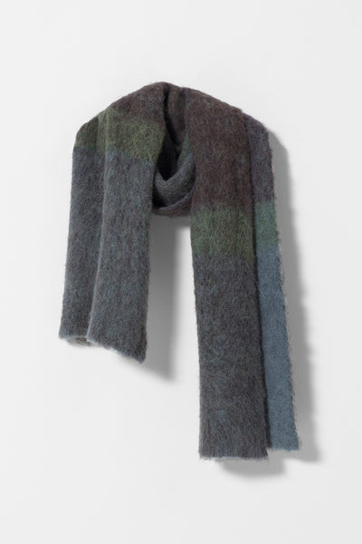 Nilsen Fluffy Yarn Scarf Front OMBRE