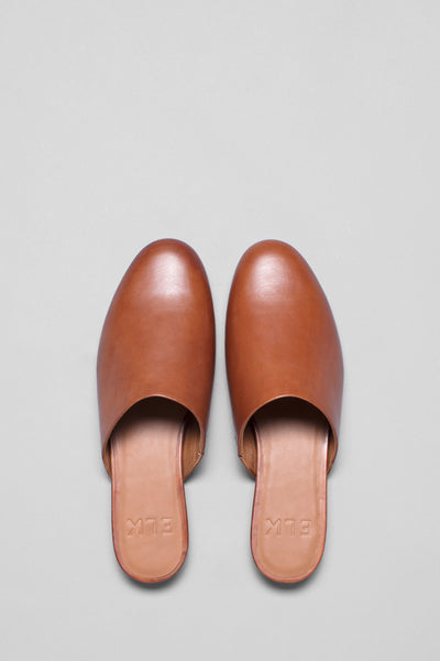 Liva-leather-mule-slide-tan-overhead-rounded-toe-detail
