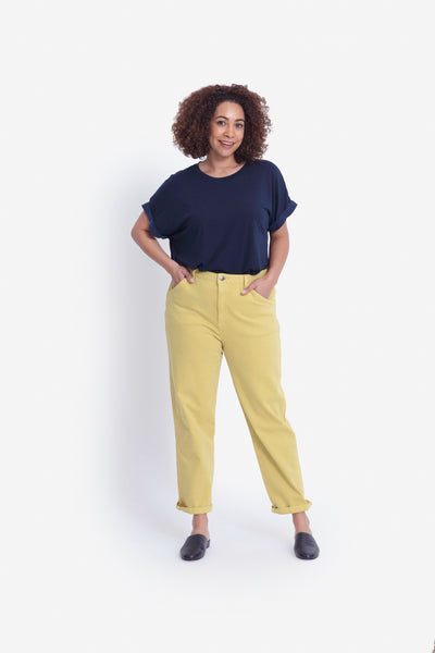 Gusta Mid-Rise Sustainable Denim Jean Model Jazz Front | Sunshine