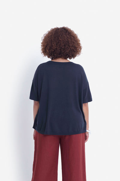 Avesta Short Sleeve Sweater Model Back | Navy