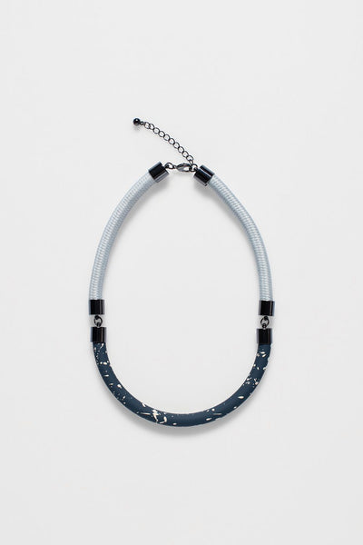 Speckle Short Necklace