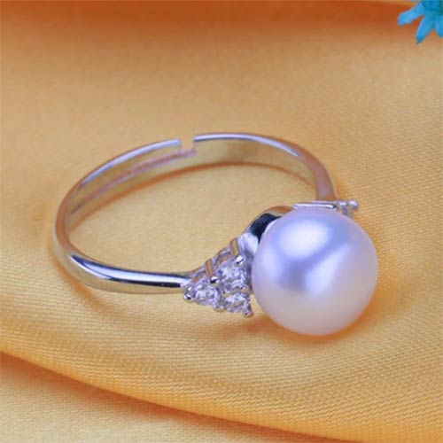 Trendy Natural Freshwater Pearl Adjustable Ring