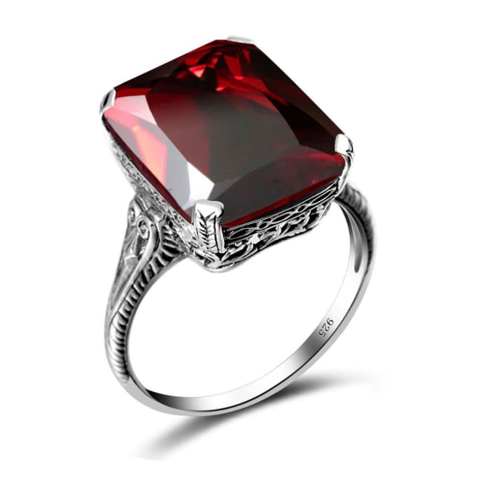 Beautiful Square Shape Vintage Red Garnet Gemstone Ring - Ring