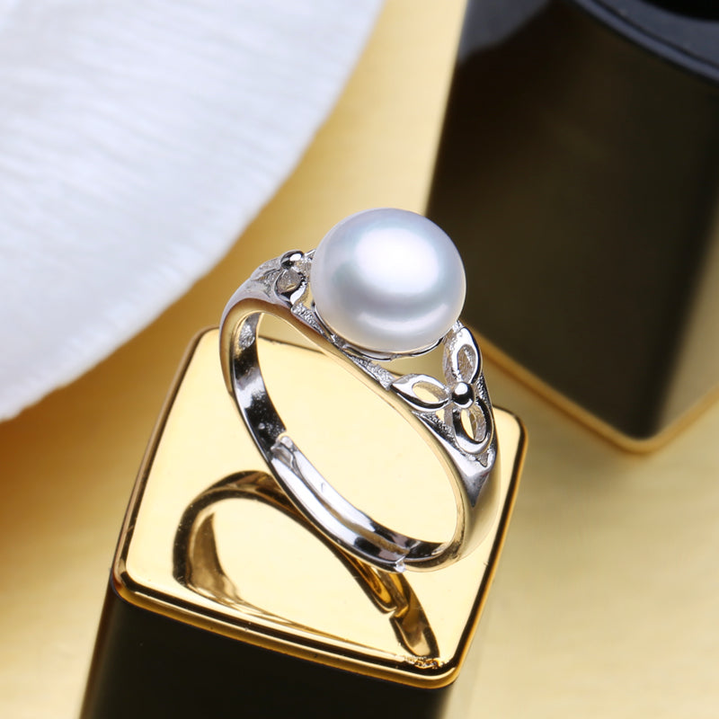 Re-sizable Natural Bohemian Style Pearl Ring