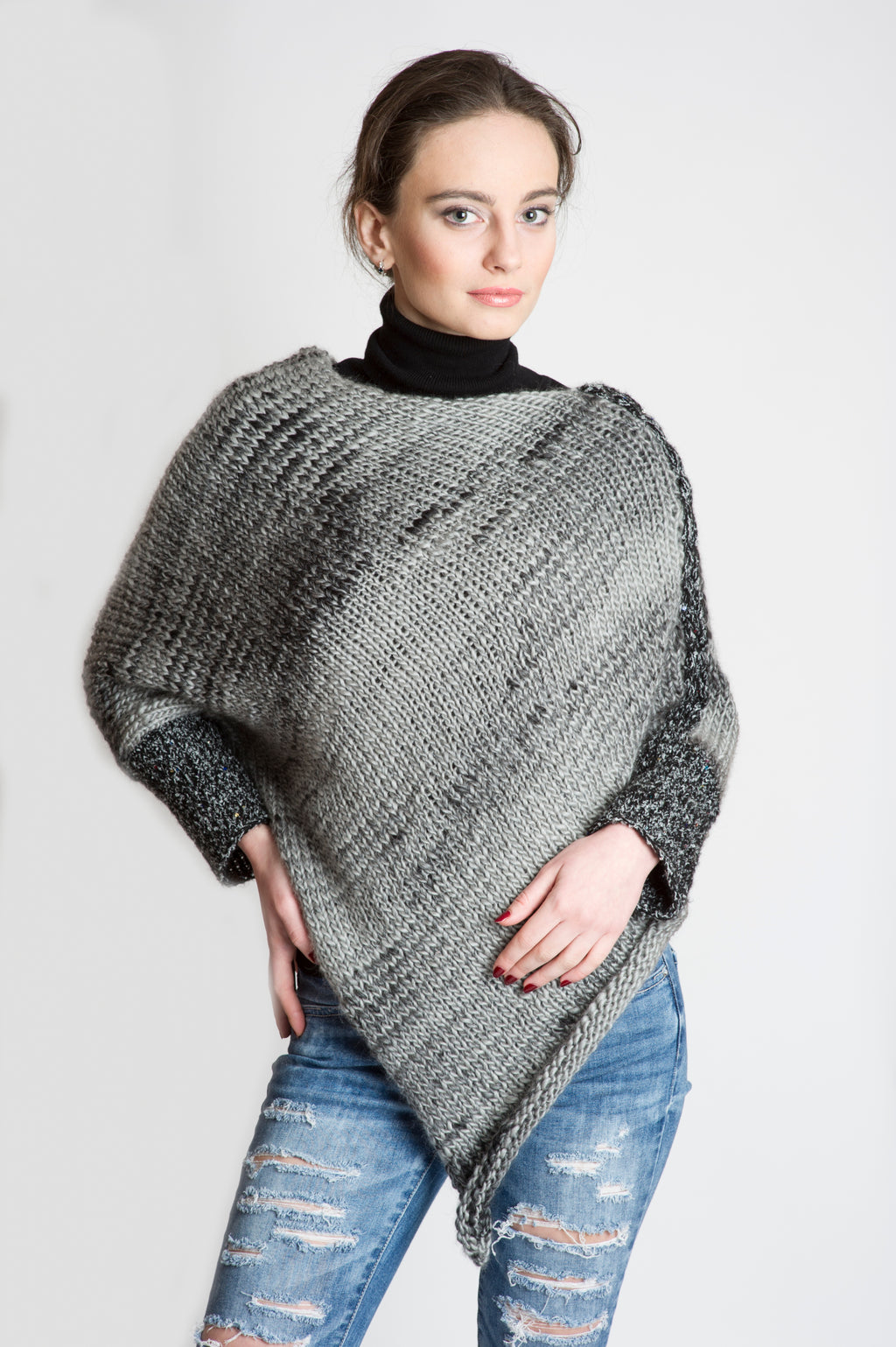 PONCHO – SWEATER GREY MARBLE