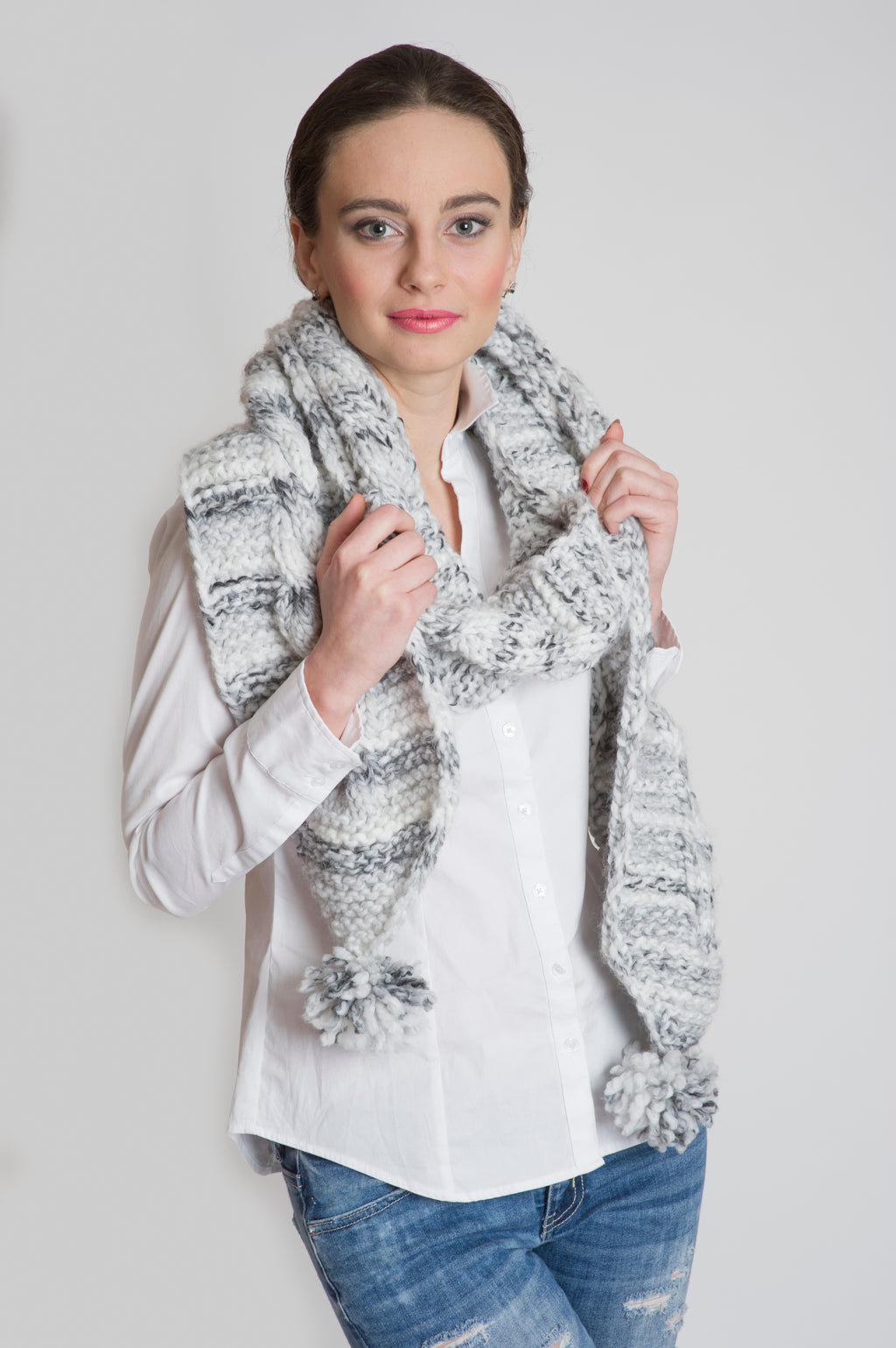 CHUNKY LONG SCARF GREY MARBLE