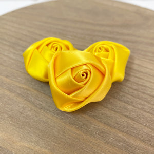 "DISCOUNTED MYSTERY 1.5"" Felt Back Roses - Pack of 18"