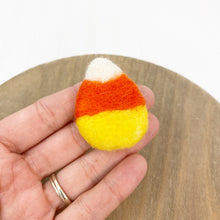 "Load image into Gallery viewer, 2"" Felted Candy Corn"