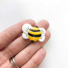 Load image into Gallery viewer, Flatback Resin Bee Embellishment