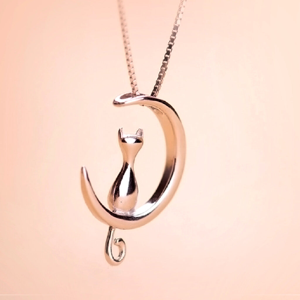 Beautiful Necklace of Cat Sitting Inside Crescent Moon - Variant White Gold