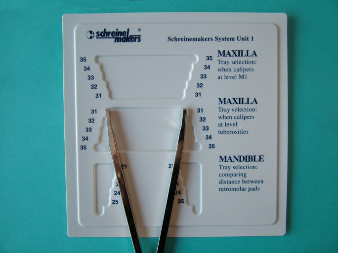 Place the caliper on the measurement guide to easily identify the ideal Border-Lock tray for that patient.