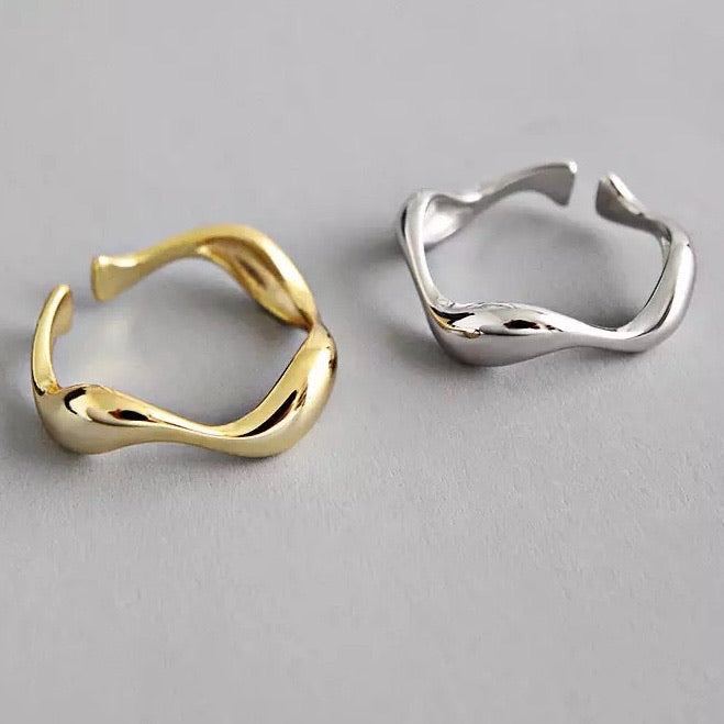 Rose Thin Wave Ring