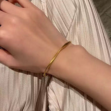 Load image into Gallery viewer, Delta Gold Bracelet
