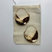 Load image into Gallery viewer, Lucy Hoop Earrings