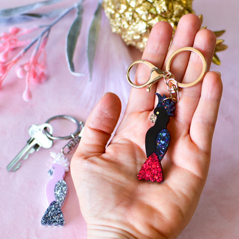 Black Cockatoo handmade resin glitter keychain